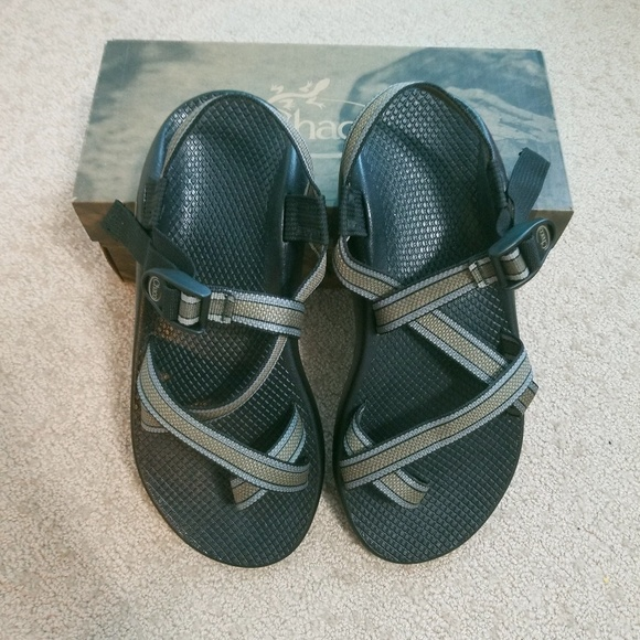 2e600098c65 NWT Men s Z2 Classic CHACOS in Metal
